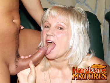 Mature 20070130bg2 3