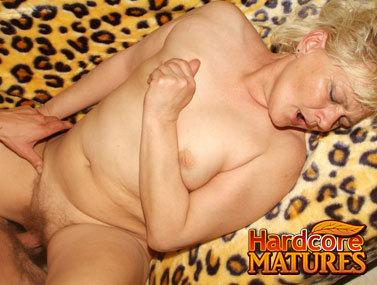 Mature 20070429bg1 2